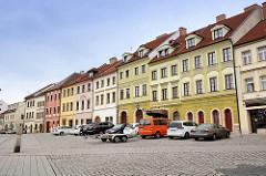 Restaurierte Wohnhäuser am Ring - Architektur in Hradec Králové / Königgrätz.