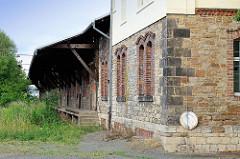 Schuppen mit Laderampe, ehem. Güterbahnhof Quedlinburg.