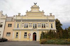 Tyršův Haus in Mělník - Fassademalerei, Architektur von 1904.