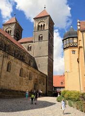 Romanische Stiftskirche St. Servatius, geweiht 1129 auf dem Schlossberg der Stadt Quedlinburg.