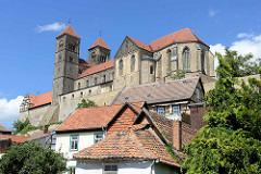 Quedlinburger Schlossberg - romanische Stiftskirche St. Servatius, geweiht 1129.