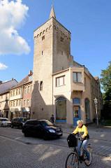 Historischer Liebenwahnscher Turm der Stadtbefestigung in Aschersleben, erbaut 1447