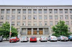 Gerichtsgebäude in Hradec Králové / Königgrätz - eröffnet 1934, Architekt Václav Rejchl.