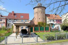 Ehem. Wehrturm aus dem 16. Jahrhundert - Verteidgungsanlage von Barth. Im 19. Jahrhundert mit Kuppeldach versehen - jetzt Schulsternwarte.