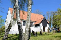 Inselkirche Hiddensee - Überrest des ehem. Kloster der Zisterzienser - Ursprungsbau 1332.