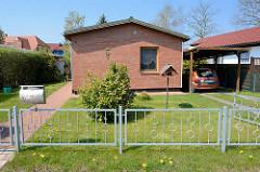Einraum / Einzimmer Ferienhaus mit Carport in Zingst, Mecklenburg-Vorpommern.