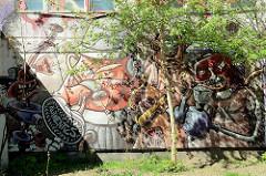 Graffiti am Gebäude des AJZ KITA e.V; selbstverwaltetes Jugendzentrum in Ribnitz-Damgarten.