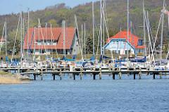 Marina - Schiffsliegeplatz für Sportboote / Segelboote auf der Insel Hiddensee / Vitte.