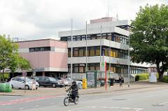 Architektur der 1970er Jahre - Rathaus von Barsbüttel.