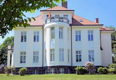 Villa im Eißendorfer Pferdeweg - Hamburg Heimfeld, erbaut 1911 - August Prien, jetzt Kinder- und Familienhilfezentrum.