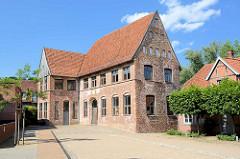 Stadthauptmannshof in Mölln, erbaut um 1550 - jetzt Sitz der Lauenburgische Akademie für Wissenschaft und Kultur.