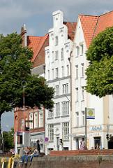 Wohn- und Speichergebäude an der Kaistraße in Lübeck.