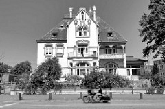Jugendstilvilla an der Buxtehuder Straße im Hamburger Stadtteil Heimfeld, Bezirk Harburg.