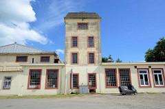 Gebäude vom Eisenbahn-Ausbesserungswerk der Bleckeder Kleinbahn / Eisenbahn-Werkstatt Bleckwerk, erbaut 1922.
