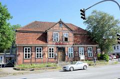 Altes Fachwerkhaus - leerstehend, vormals als Restaurant genutzt, Hamburger Straße / Lauenburg.