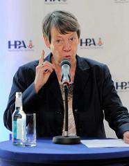 Einweihung der Landstromanlage am Kreuzfahrtterminal Hamburg Altona - Bundesumweltministerin Dr. Barbara Hendricks.