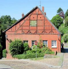 Historisches Fachwerkhaus - Wohnhaus unter Denkmalschutz stehend - Grünstraße in Lauenburg / Elbe.