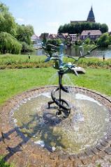 Bronzeskulptur Vogelschwarm in Mölln; Karlheinz Goedtke - 1971.