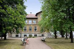 Gebäude vom Rathaus in Oranienbaum.