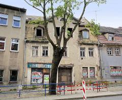 Verfallenes Gebäude im Breiten Weg der Eisleber Neustadt - ehem. Milchgeschäft.