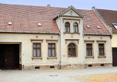 Historisches Gebäude am Marktplatz von Oranienbaum - Wohnhaus / Amtshaus vom Bürgermeister Wilhelm Rüdiger.