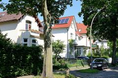 Villen im Villenviertel von Hamburg Bergedorf; Ende des 19. Jahrhunderts wurde begonnen, das sogenannte Villenviertel zu bebauen - wohlhabende Hamburger und Bergedorfer Bürger ließen dort ihre repräsentativen Wohnhäuser errichten. Es entstanden Stadt