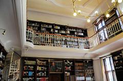 Bibliothek der Hamburger Sternwarte in Bergedorf im Hauptgebäude.