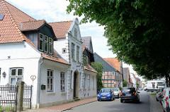 Historische Bebauung am Markt von Alt-Brunsbüttel.