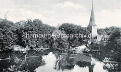 Historische Ansicht vom Mühlenteich in Bergedorf - Blick auf die Kirche St. Petri und Pauli.