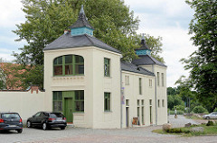 Eingang zum Klosterhof in Coswig - jetzt Museum.