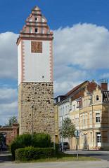 Alte Wehranlage der Stadt Aken / Elbe - Köthener Torturm, erbaut 1288 zur jetzigen Form umgebaut um 1500.