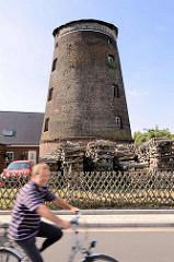 Rumpf / Rest einer Windmühle in Wörlitz.