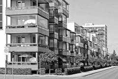 Neubauten / Mietswohnungen,  Balkonverkleidungen - Wohnblocks in Waren / Müritz.