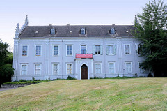 Gemeindegebäude / Probstei an der Kirche St. Petri in Wörlitz.