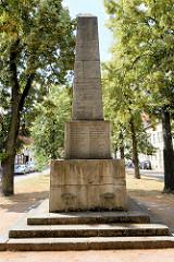 Denkmal für die Gefallenen des Deutsch-Französischen Krieges und des Ersten Weltkriegs - Wörlitzer Markt.