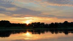 Sonnenuntergang an der Elbe bei Havelberg.