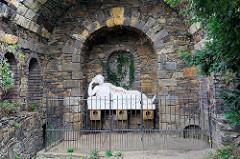 Grotte der Quellnymphe  Egeria im Wörlitzer Park -