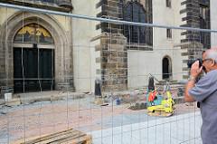 Schlosskirche / Kirche der Reformation in Lutherstadt Wittenberg - Thesentür, an der Luther 1517 seine 95 Thesen angeschlagen haben soll.