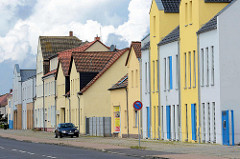 Wohnhäuser unterschiedlicher Bauhöhe - Architektur in Lutherstadt Wittenberg.