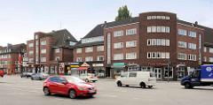 Wohn- und Geschäftshäuser am Siemersplatz in Hamburg Lokstedt; erbaut 1935 - Architekt Ferd. Wittkamp.