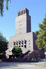 Ansicht der Bugenhagenkirche  im Hamburger Stadtteil Barmbek-Süd. Die Kirche wurde 1927 bis 1929 nach Plänen des Architekten Emil Heynen errichtet.