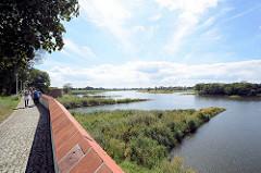 Blick von der Festung Küstrin / Kostrzyn - Polen - auf die Oder.