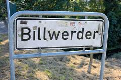 Stadtteilschild von Hamburg Billwerder - schwarze Schrift auf weissem Grund.