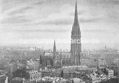 Altes Lufbild von Hauptkirche St. Nikolai; die Nikolaikirche hat ihren Ursprung um 1200 - ursprünglich eine Kapelle wurde sie ab Ende des 14. Jh. zu einer Hallenkirche erweitert. Beim Hamburger Brand 1842 wurde die gesamte Kirche zerstört und erst