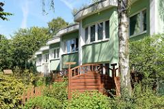 Reihenhäuser in der Gartenstadt Farmsen; erbaut 1954 nach dem Motto - Licht, Luft und Sonne für jede Wohnung - Entwurf Prof. Dr. Hans Bernhard Reichow.