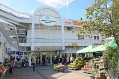 Eingang Einkaufszentrum / einkaufstreffpunkt Farmsen - Einkaufcenter, Ladenpassage.