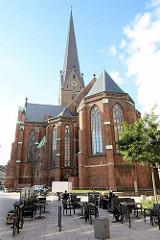 St. Petrikirche in der Hamburger Innenstadt - Blick von der Kreuslerstraße.