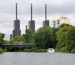 Heizkraftwerk Berlin-Lichterfelde - Blick über den Teltowkanal.