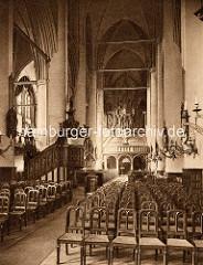 Historische Innenansicht der St. Katharinenkirche in der Hansestadt Hamburg.