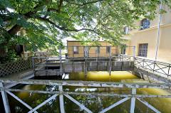 Industriedenkmal Alte Mühle in Wustrau - Wasserrad zur Gewinnung von Elektroenergie.